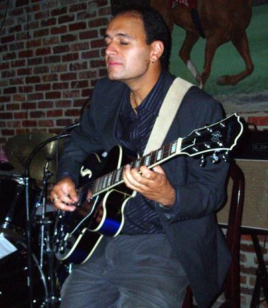 Fabian Fernandez Jazz Trio